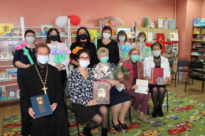 Брянская сельская библиотека в деревне Лужецкая отметила 100-летие