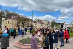 В Брянске празднование Дня Победы продолжилось концертами на улицах города