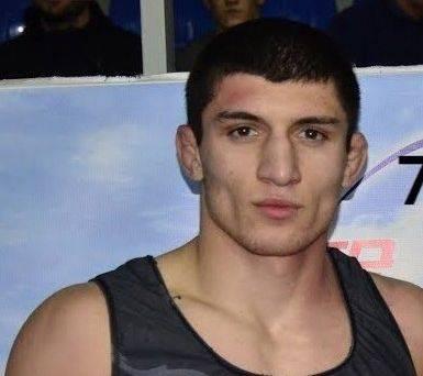 Брянский борец завоевал серебро на всероссийском турнире