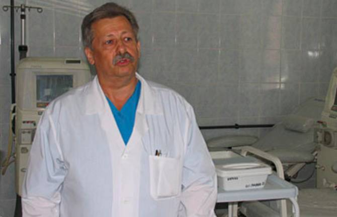 В Брянске заслуженный врач Юрий Бухниев умер от коронавируса