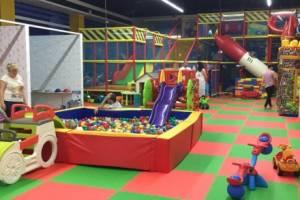 В Брянске разрешили работу детских игровых зон в ТРЦ