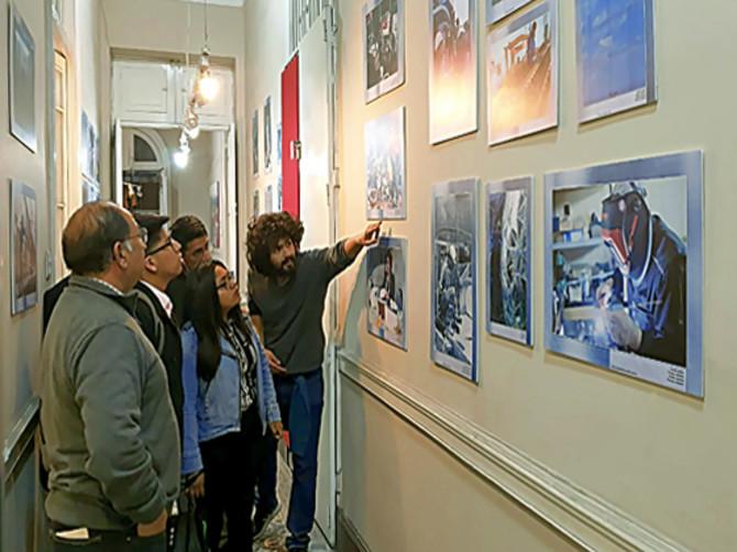 В Перу увидели фотографии брянских рабочих
