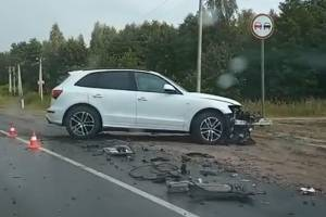На объездной Брянска столкнулись два автомобиля