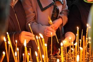 Брянские православные отмечают Радоницу