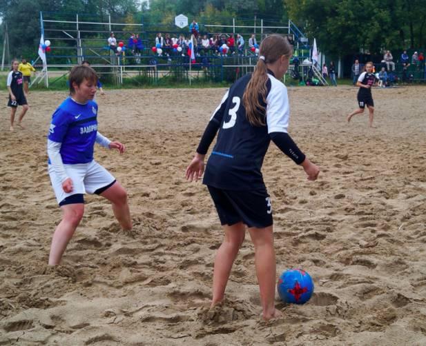 Брянские футболистки отправятся на чемпионат в Москву