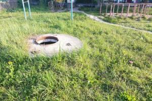 В брянском поселке заметили опасность на детской площадке