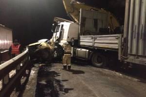 ДТП с грузовиком и легковушкой на брянской трассе обошлось без жертв
