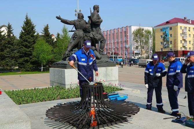 Брянские газовики проверили все Вечные огни региона перед Днем Победы