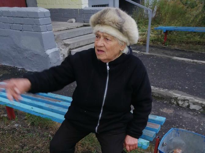 Родных пожилой женщины без памяти и документов ищут в Брянске