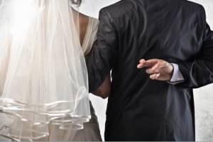 Жительница Унечского района фиктивно вышла замуж за азербайджанца