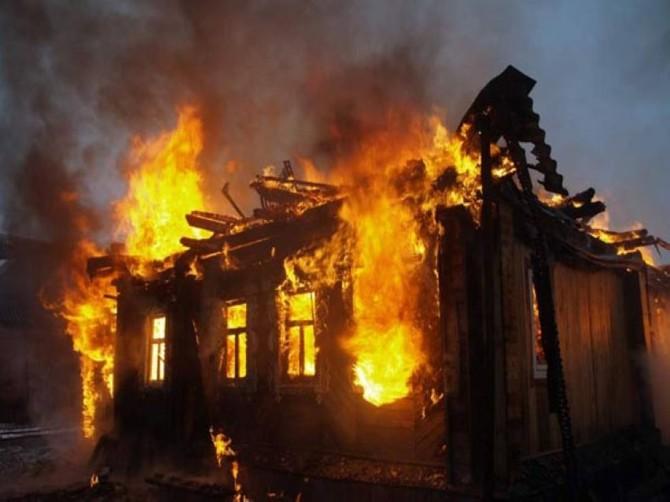 В брянский Выгоничах сгорел жилой дом