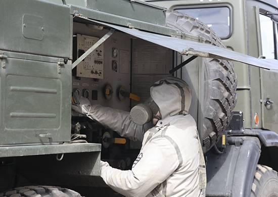 Бойцы РХБЗ продезинфицировали сборный пункт брянского военкомата