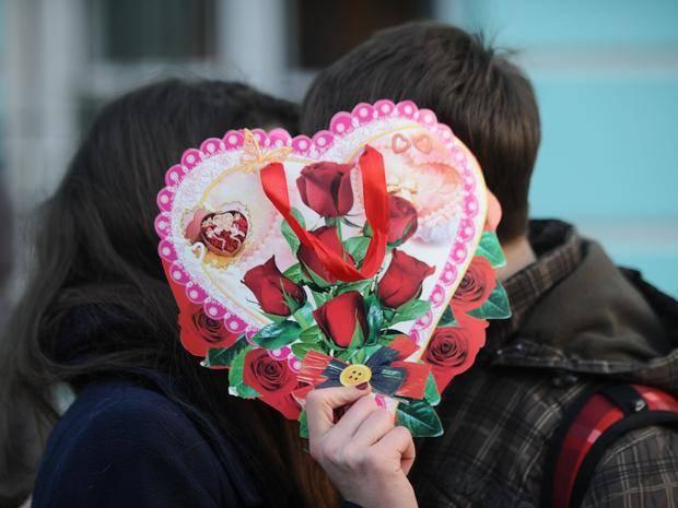 В Брянске устроили опрос на тему празднования Дня Святого Валентина