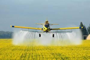 В Севском районе агрофирма травила людей опасными пестицидами