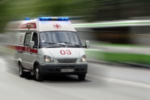 В Новозыбкове в машине скорой помощи умер дорожный рабочий