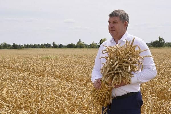 Брянского губернатора Богомаза попросили оторваться от картошки
