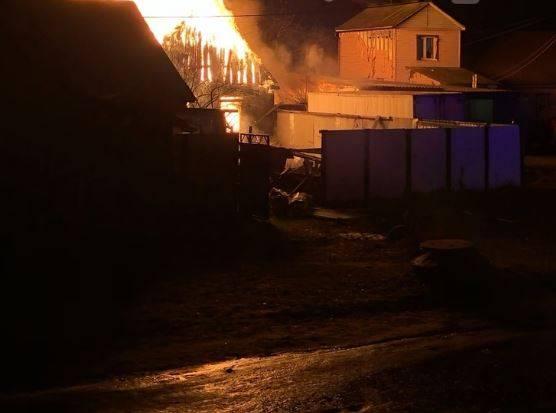 В Брянске опубликованы фотографии крупного пожара на Новостройке