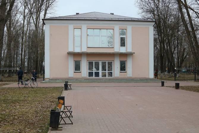 21 несбывшееся обещание: в Брянске «Металлург» снова станет кинотеатром
