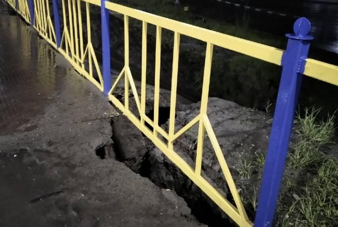 В Брянске ливнем снова размыло дамбу на трассе «Орёл-Смоленск»
