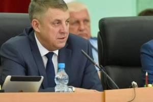 Брянский губернатор вошел в ТОП наиболее критикуемых глав регионов