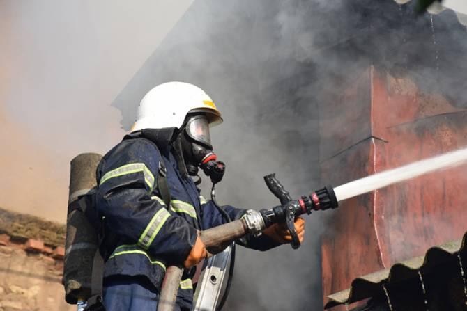 В Брянске из-за загоревшегося электрощитка эвакуировали 40 жильцов многоэтажки