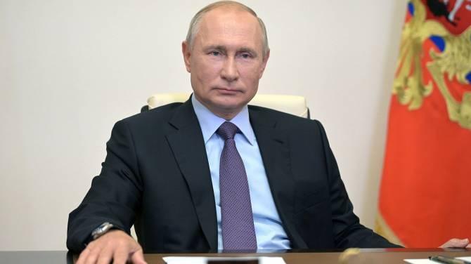 Путин потребовал выдать лекарства всем больным COVID-19 брянцам