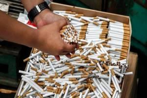 На Брянщине задержали двух мужчин с поддельными сигаретами на 1,4 млн рублей