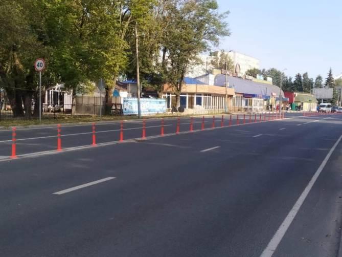 В Супонево на трассе установили светящиеся столбики
