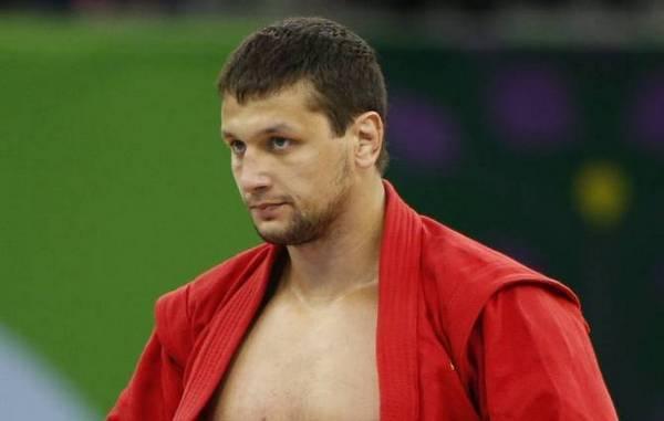 Брянский самбист Артем Осипенко победил на Кубке президента Татарстана