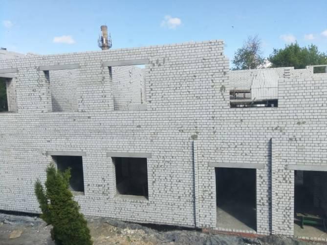 В Брянске построили 1-й этаж нового корпуса детской школы искусств №3
