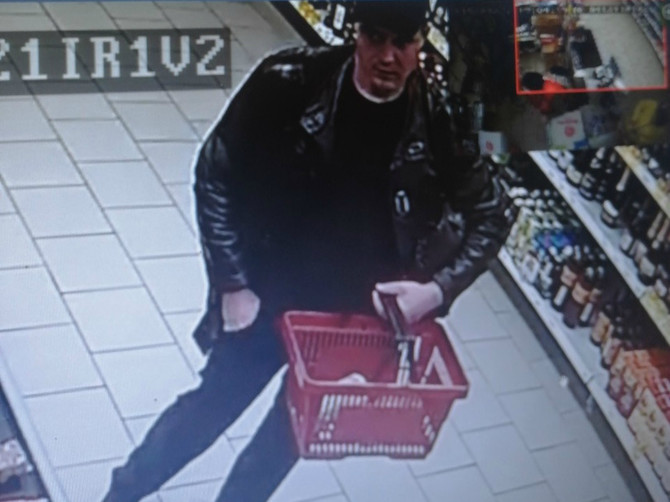 В Почепе полиция ищет воров продуктов из «Пятерочки»