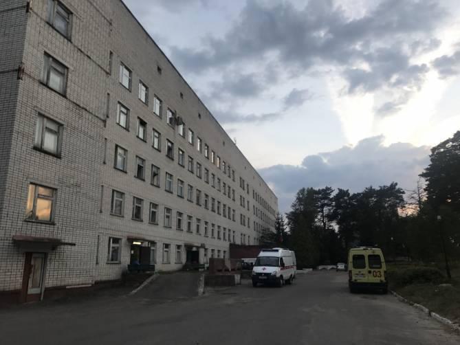 Врачам Навлинской ЦРБ выдали «президентскую» надбавку