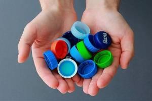 Брянцам предложили заплатить за вход на праздник пластиковыми крышечками