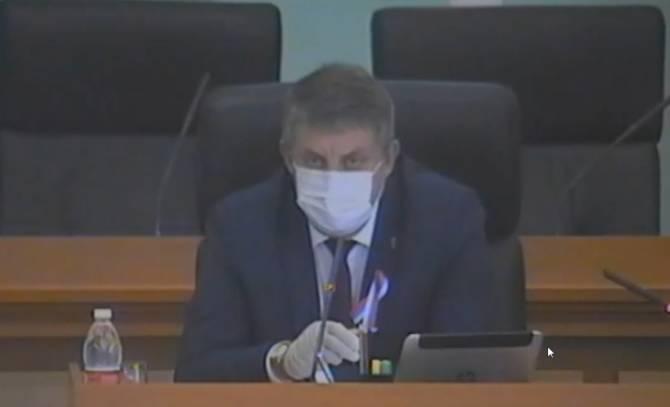 «Делать всем - это бесхозяйственность»: брянский губернатор о тестах на COVID-19