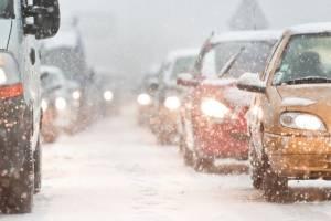 Брянских водителей призывают к внимательности на дороге в гололедицу