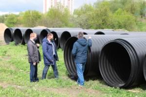 В Брянске на улице Советской приступили ко второму этапу строительства ливневки
