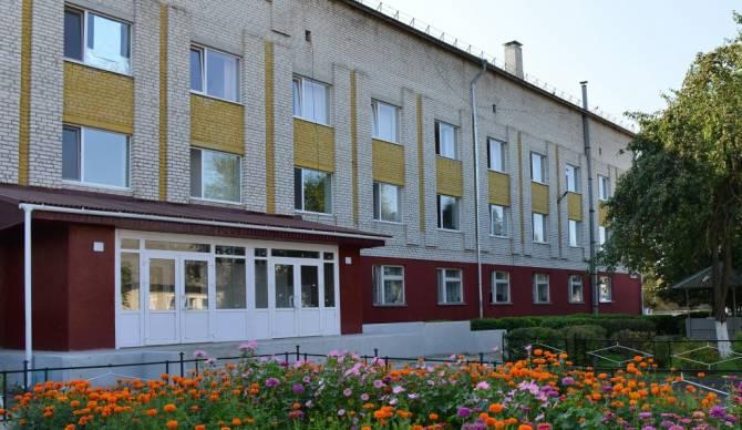 Под Брянском в коронавирусном госпитале стало плохо 2 медсёстрам