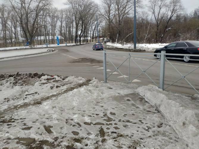 В Брянске власти создали опасный перекрёсток перед Мальцевской