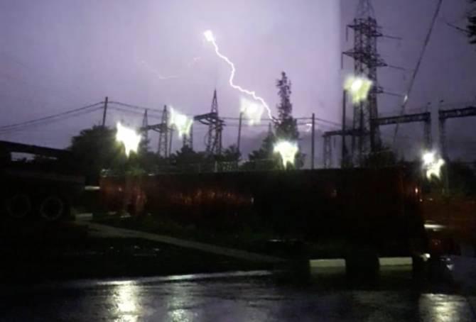 Страх и ужас в Брянске: по городу ударили молнии