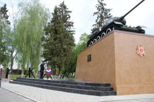 В Почепе после капремонта открыли памятник «Танк Т-34»