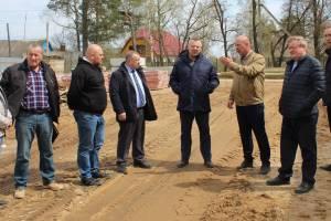 В Жуковке завершают строительство Ледового дворца