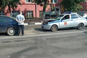 В Клинцах в ДТП попал полицейский автомобиль