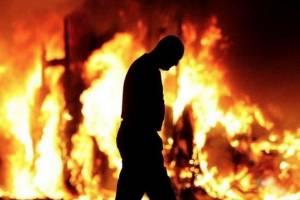 В Дятьковском районе 25-летний уголовник устраивал пожары для сокрытия следов краж