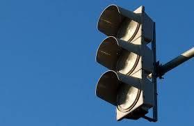 Водителей предупредили об отключении светофора в Карачеве