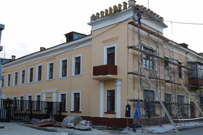 В Брянске начался ремонт памятника архитектуры на Набережной