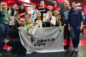Юные брянские боксеры завоевали девять медалей турнира «Fenix Kids»