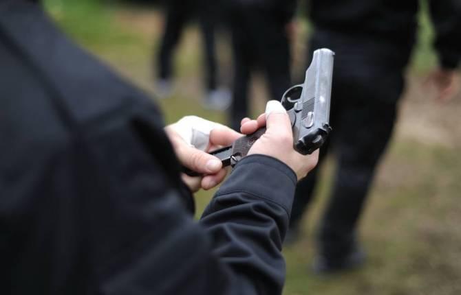 Брянским полицейским разрешат стрелять на поражение при любой угрозе