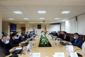 Брянские депутаты рассмотрят вопросы приватизации и застройки