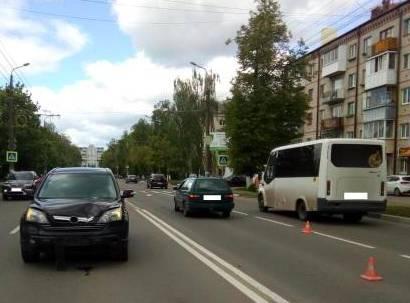 В Брянске на переходе автомобиль насмерть сбил 60-летнюю женщину