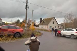 На перекрестке в Добруни столкнулись Hyundai и Lada